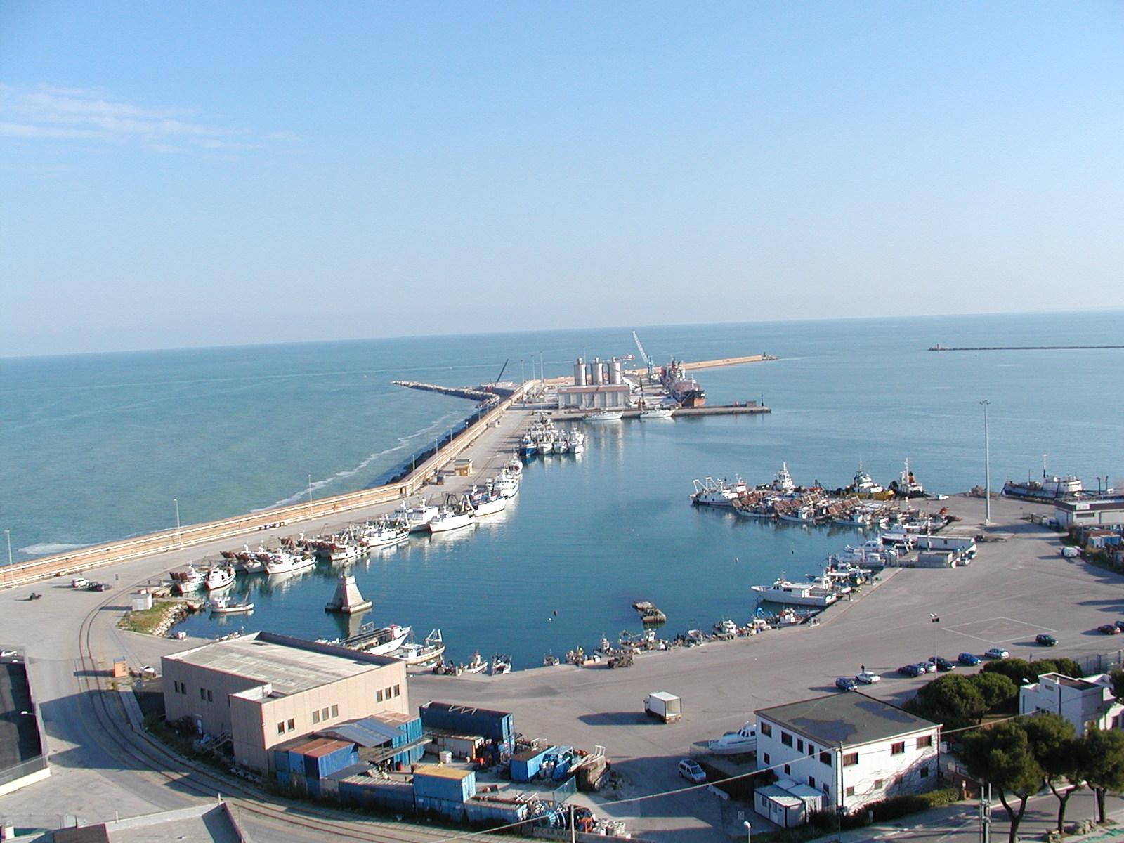 Fanghi porto di Ortona, Luciano Monticelli scrive a Mario Mazzocca