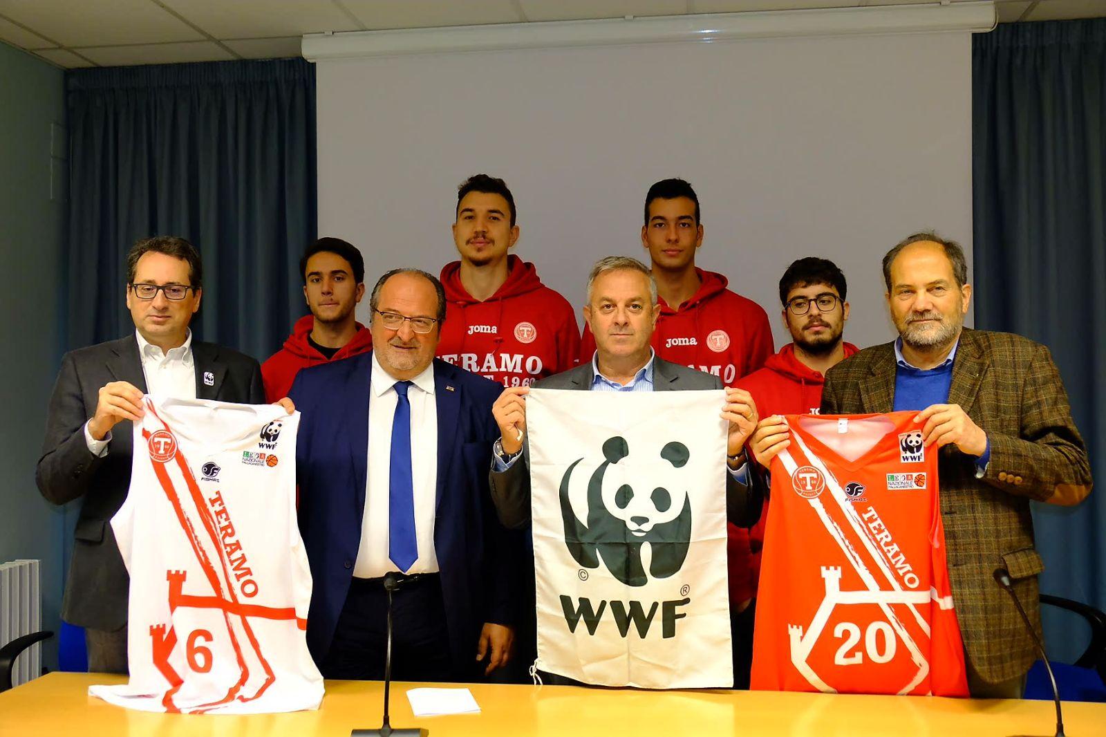 Wwf Italia sulle maglie della Teramo Basket