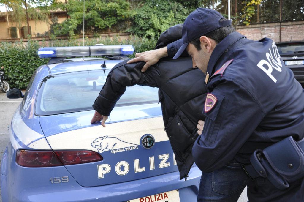Avezzano, arrestato un extracomunitario per tentata rapina