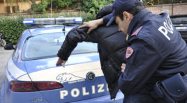 L'Aquila, molesta al bar i clienti, arrestato un ubriaco