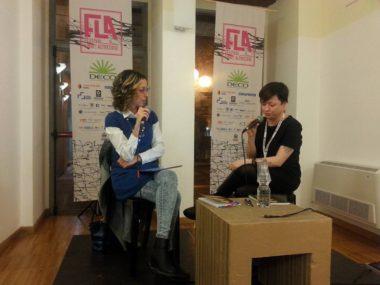 FLA 2017. Da sin. la giornalista Francesca Di Giuseppe e la scrittrice emergente Ilaria Grasso