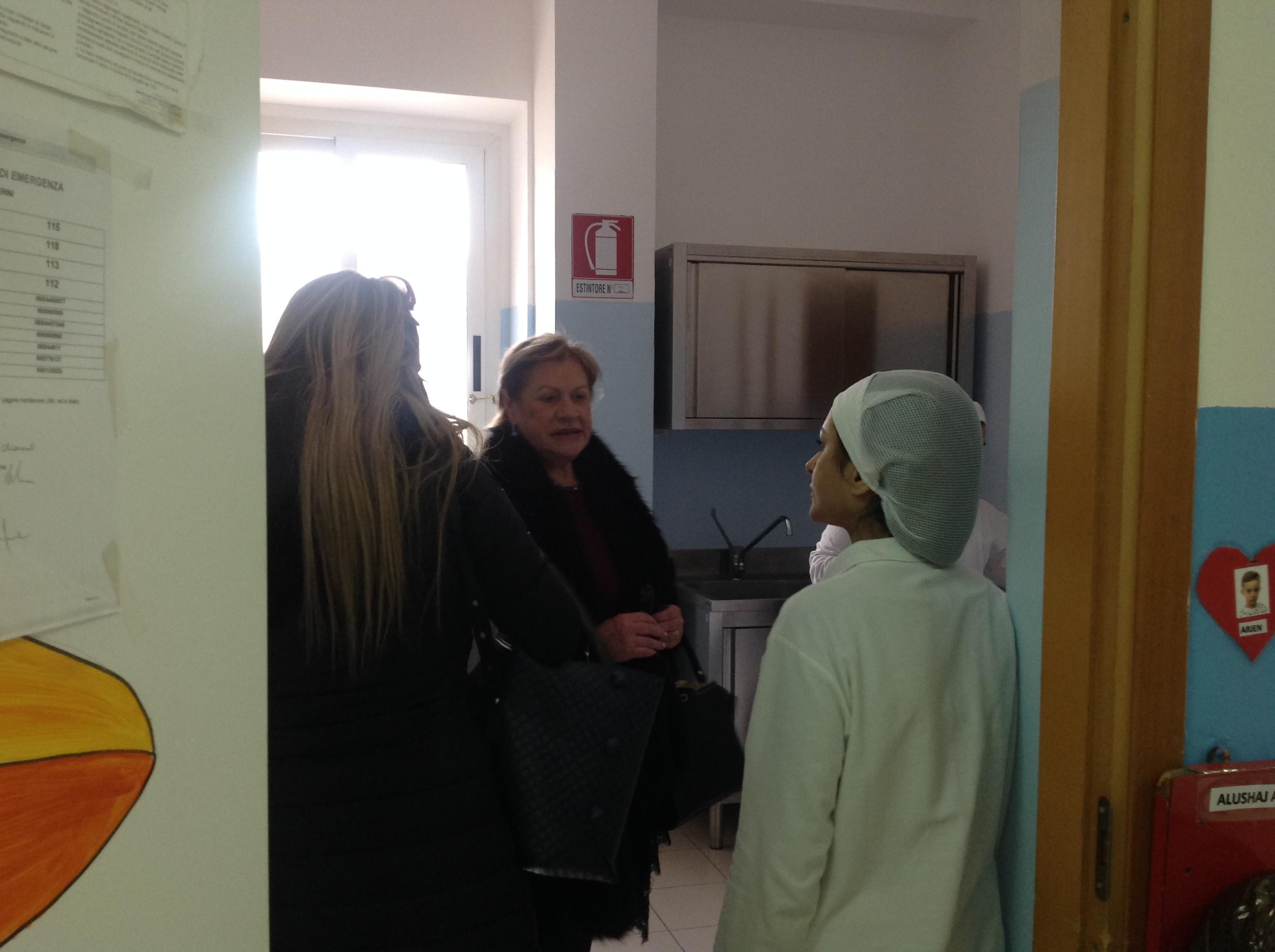 La Commissione Mensa in sopralluogo alla scuola dell'infanzia di via Lazio