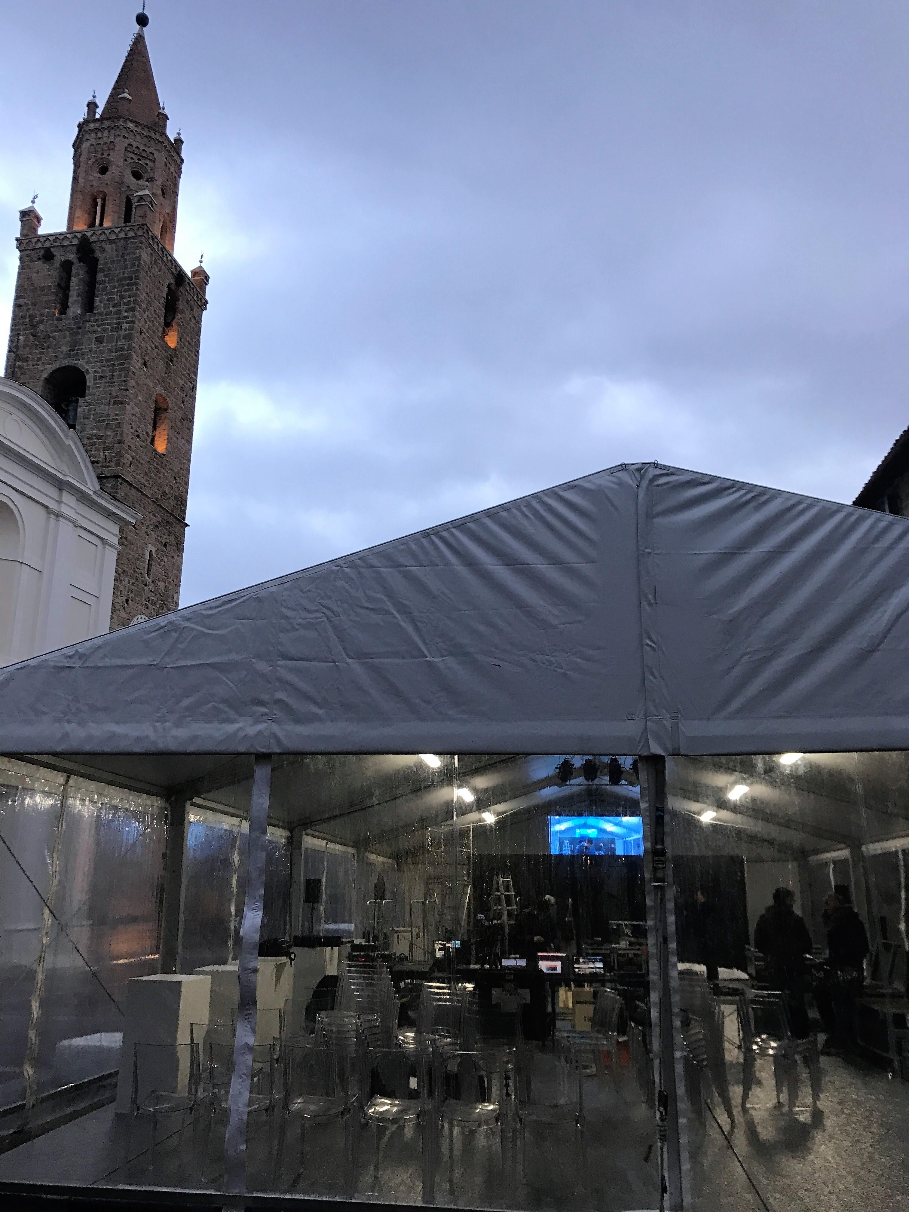 Gentiloni in visita a Campli, allestita tensostruttura