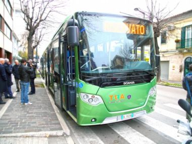 Autobus_Tua