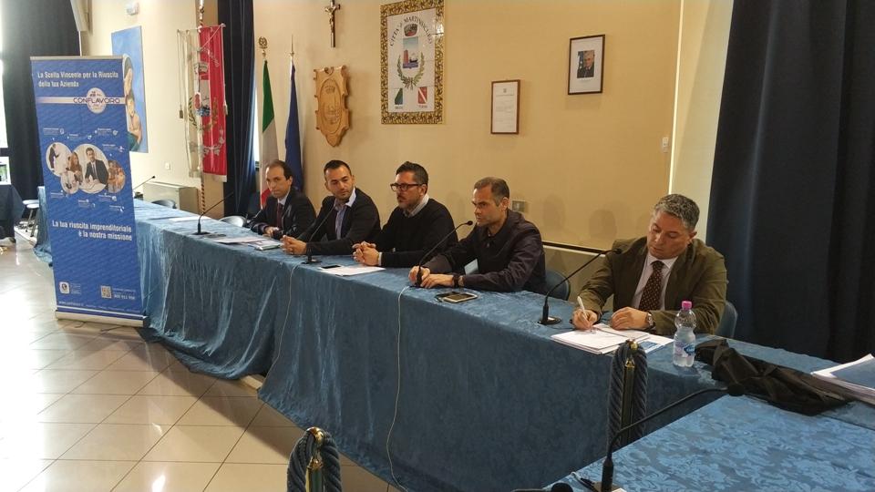 """A Martinsicuro il convegno """"Imprese e giovani"""": presto sportello in Comune"""