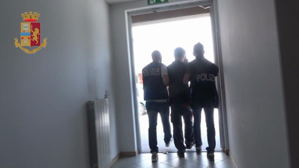 L'Aquila, tentato omicidio: arrestato un giovane italiano