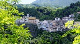 """""""Castelli è Arte"""": eventi fino a settembre nel borgo della ceramica"""
