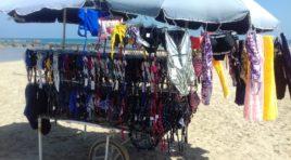 Sequestri di commercianti abusivi sulle spiagge di Montesilvano