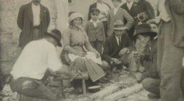 """""""L' Arrosticiere in Piazza"""", rievocazione storica della primitiva tecnica di cottura degli arrosticini"""