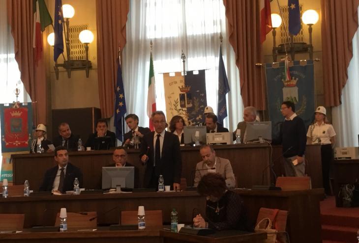 Nuova Pescara, Lolli apre i lavori dell' assemblea costituente
