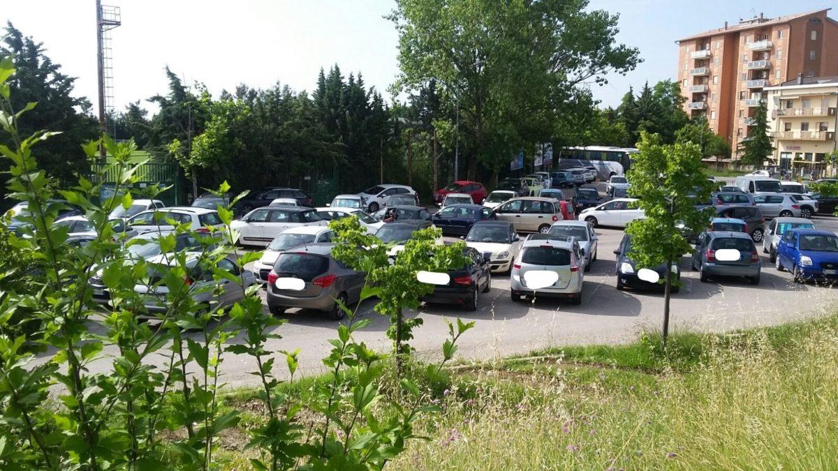 Ampliamento parcheggio ospedale San Liberatore la richiesta di Monticelli