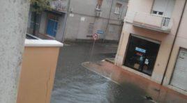 Maltempo Pescara, chiuse le scuole e il sottopasso di via Raiale