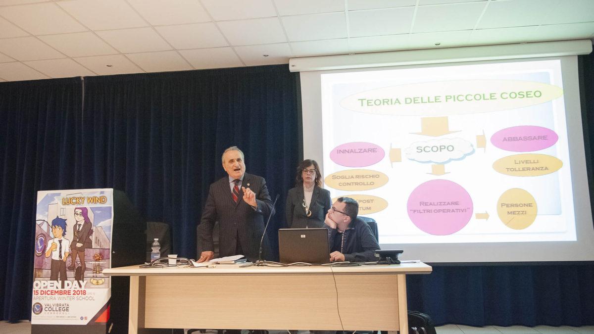 Giovani e legalità: il Generale dell'Arma dei Carabinieri Salvatore Minniti incontra gli studenti del liceo D'Annunzio