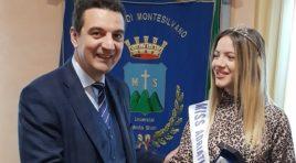 Camilla De Berardinis, miss Adriatico 2018, ricevuta dal sindaco Maragno