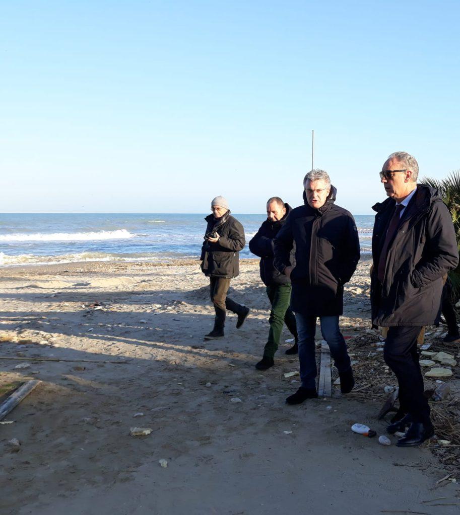 Regione, stanziati 500 mila euro per porto di Giulianova e 2 milioni per danni mareggiata