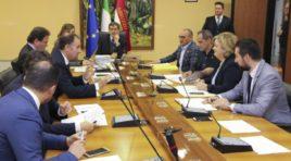 Incentivi alle imprese del cratere, Marsilio firma avviso pubblico per 3,5 milioni