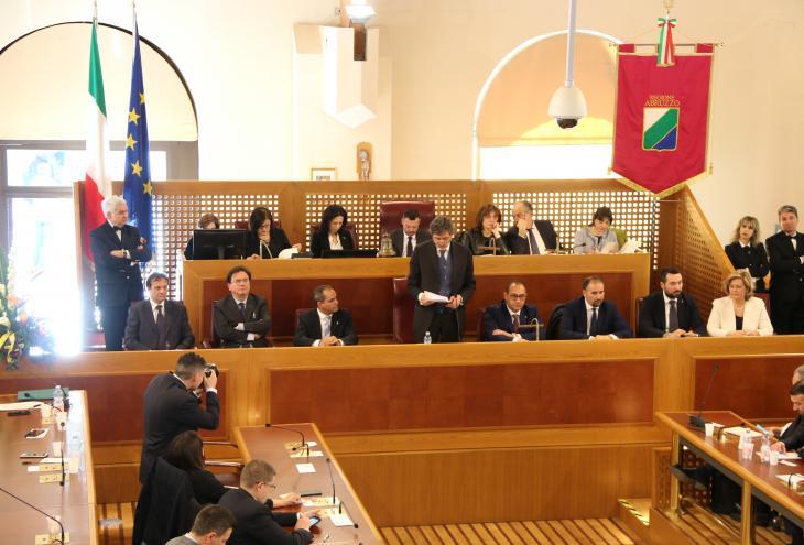 Insediamento consiglio regionale: il discorso programmatico di Marsilio