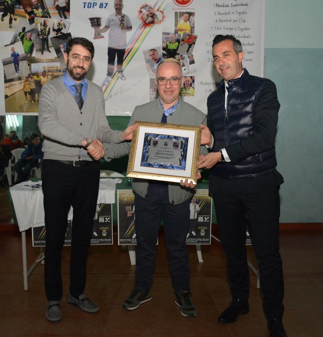 Notaresco, festa per Gianluca Formicone campione del Mondo di bocce