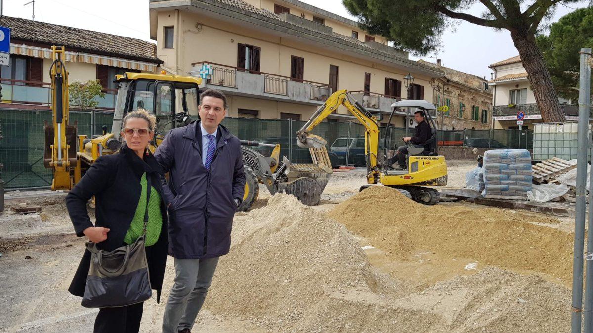 Montesilvano, proseguono i lavori di riqualificazione di piazza Calabresi