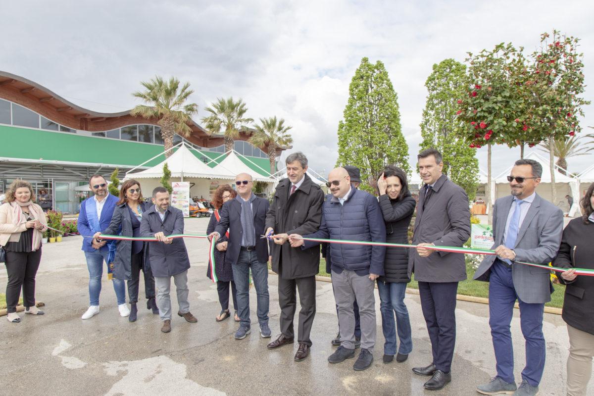 """Mostra fiore Florviva, Marsilio """"Esempio di Abruzzo che crede nel futuro"""""""