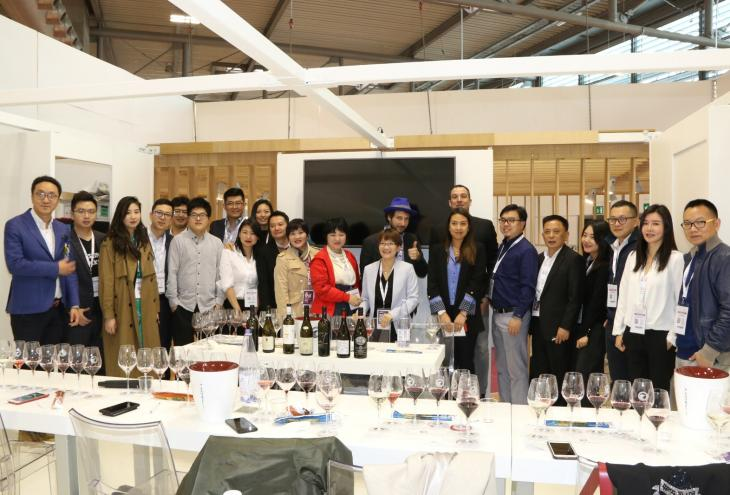 Vinitaly, cresce l'export del vino abruzzese in Cina