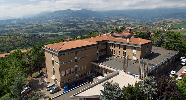Ospedale Penne, carenza personale radiologia:ultimatum di Pettinari a Verì