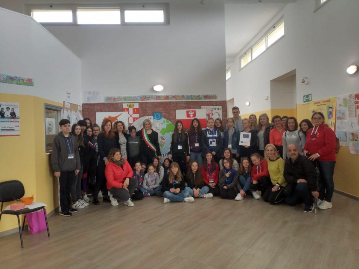 Erasmus+ porta giovanissimi da Cipro, Polonia e Spagna all'IC Civitella-Torricella