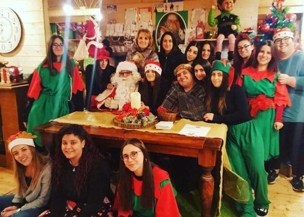 Numeri da record per la V edizione della Casa di Babbo Natale a Castel Castagna