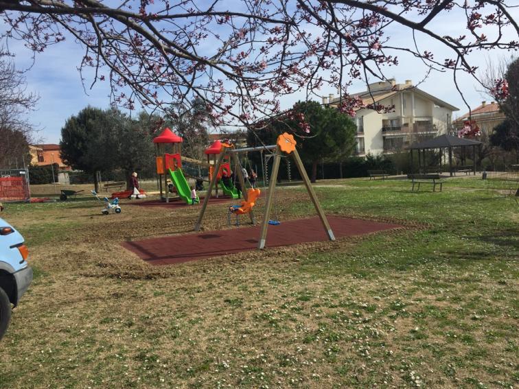 Giulianova, nuove aree gioco per i parchi Cerasari e dell'Annunziata