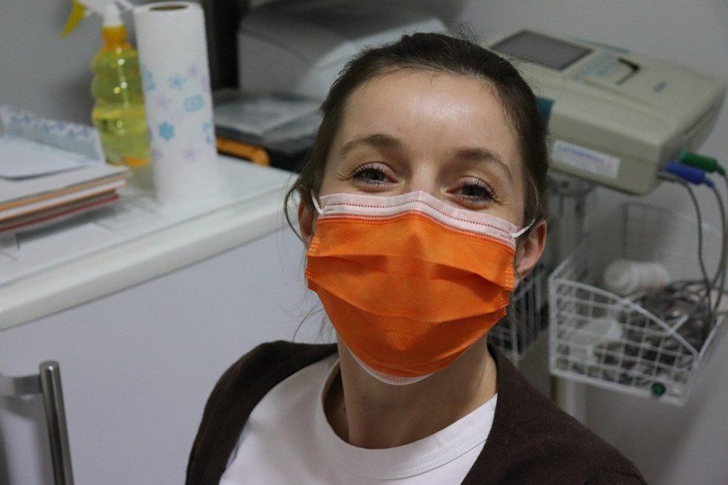 Covid19, Comune di Atri distribuisce oltre 5 mila mascherine ai residenti