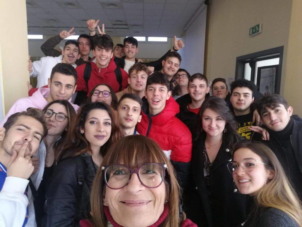 """Villa Santa Maria, gli studenti dell'I.P.S.S.A.R. vincitori del concorso nazionale """"Filmare la storia"""""""
