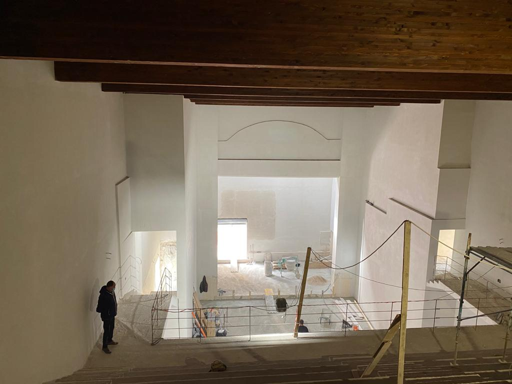 Teatro Michetti, concluso il primo lotto di lavori per attrezzature e arredi
