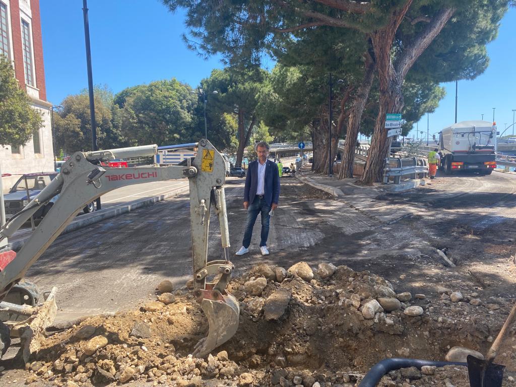 Pescara, nuovo manto stradale in Lungofiume Paolucci