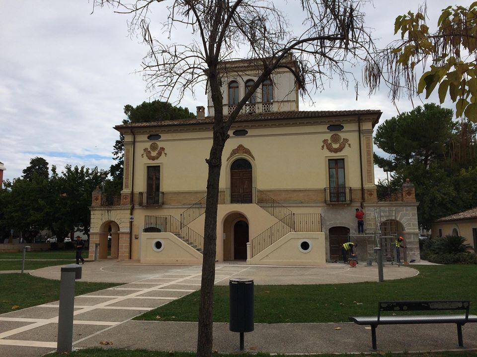 Seconda mostra a Villa Filiani. C'è Alfonso Di Berardo