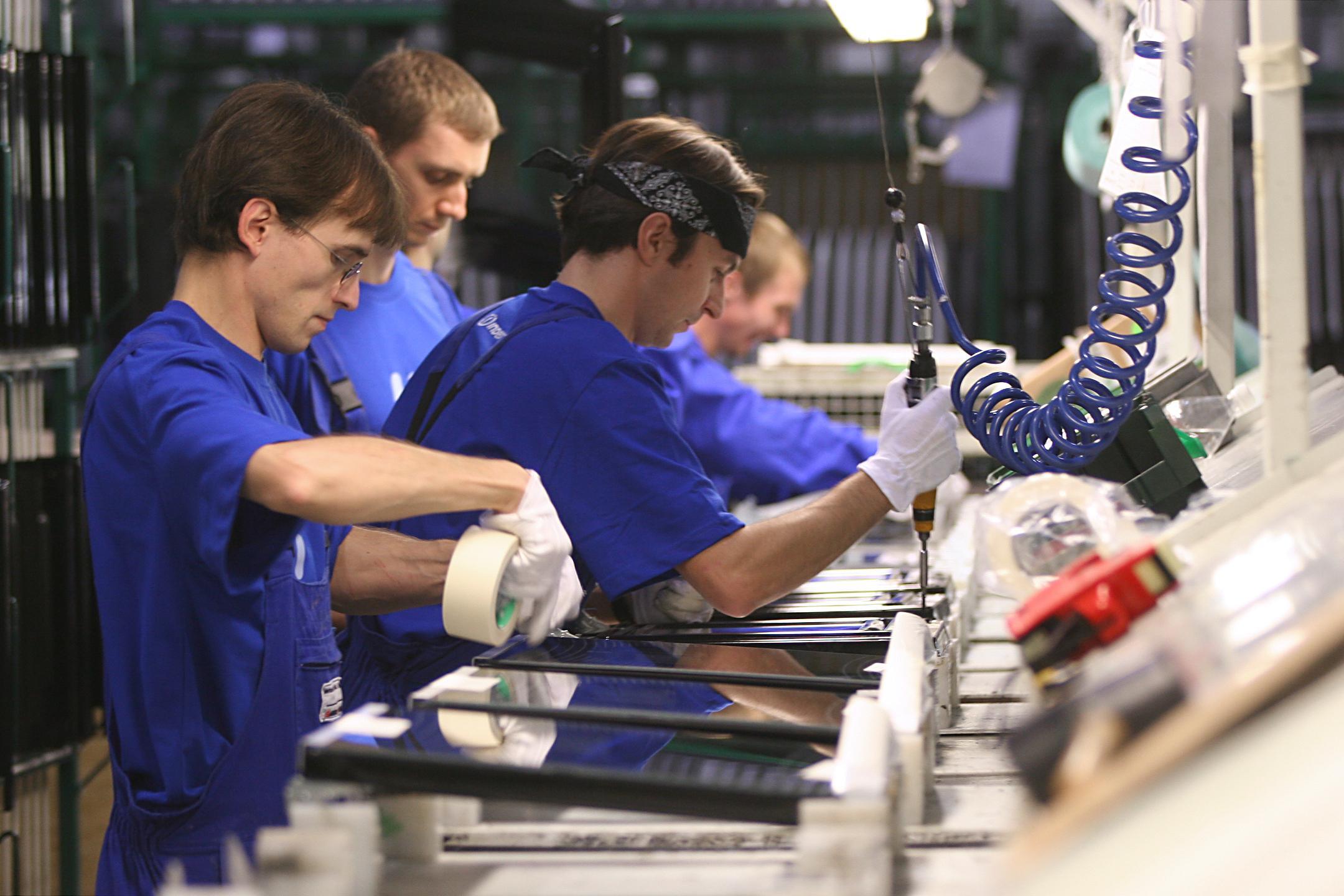 Economia, investimenti per554 milioni attraverso i contratti di sviluppo e d'innovazione