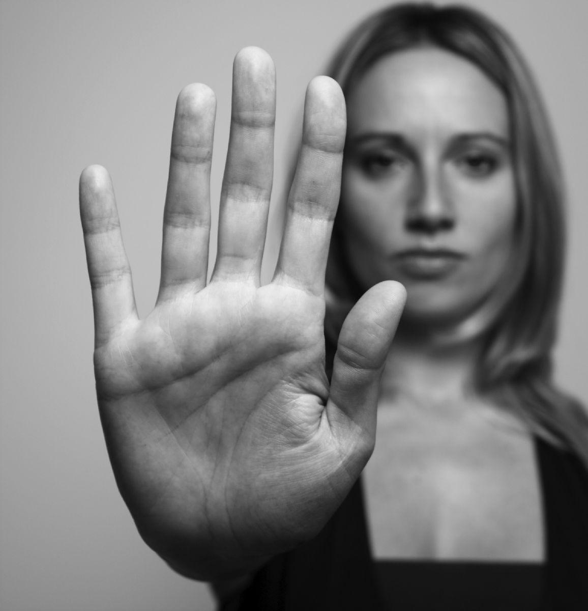 Nasce l'associazione Il Nastro Rosa contro la violenza di genere e sui bambini