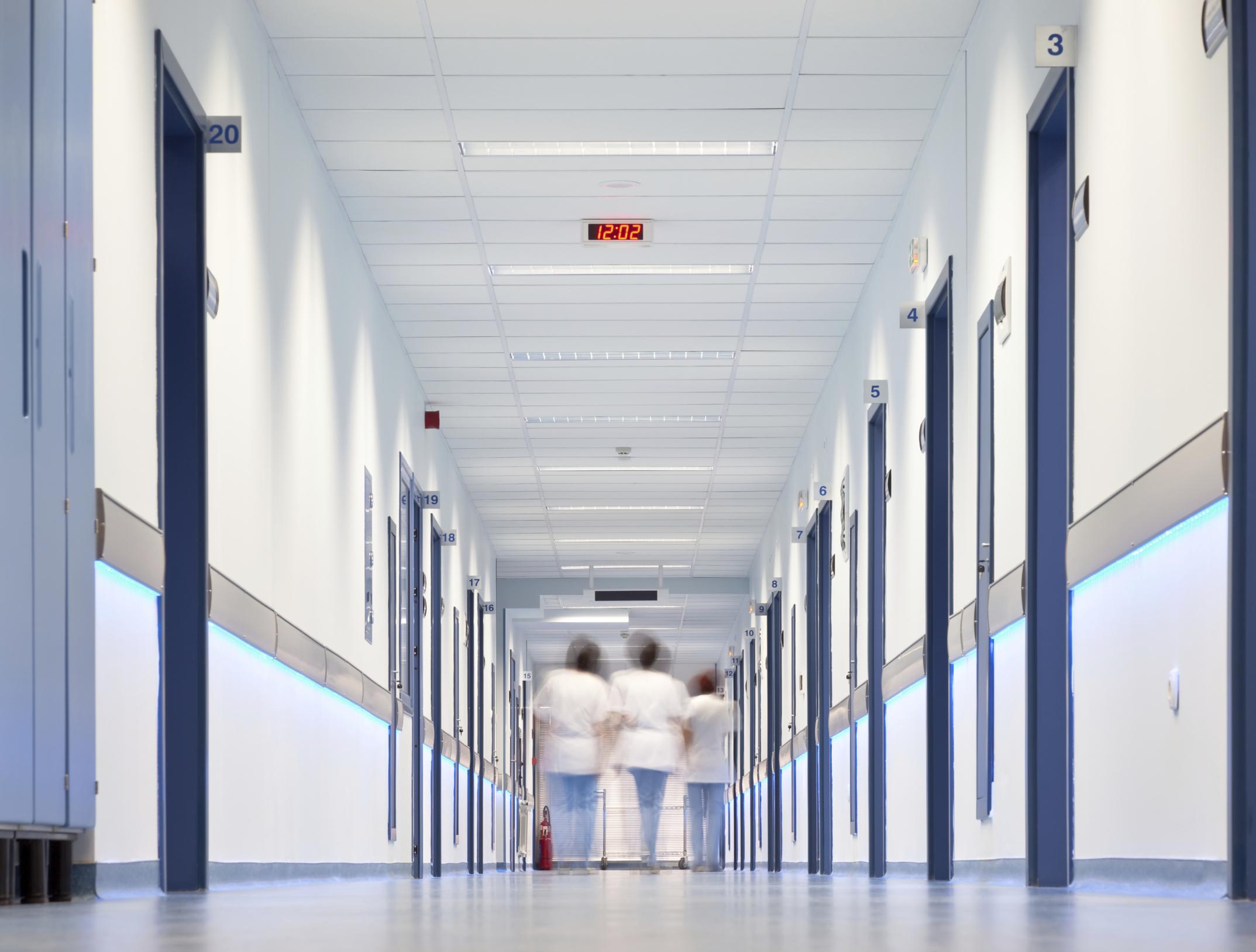 Covid, 552 nuovi casi in Abruzzo. 27 decessi e 85 in terapia intensiva