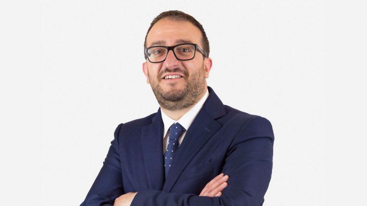 """L'Aquila, si dimette il sindaco Biondi: """"Dallo Stato non arrivano 10 milioni"""""""