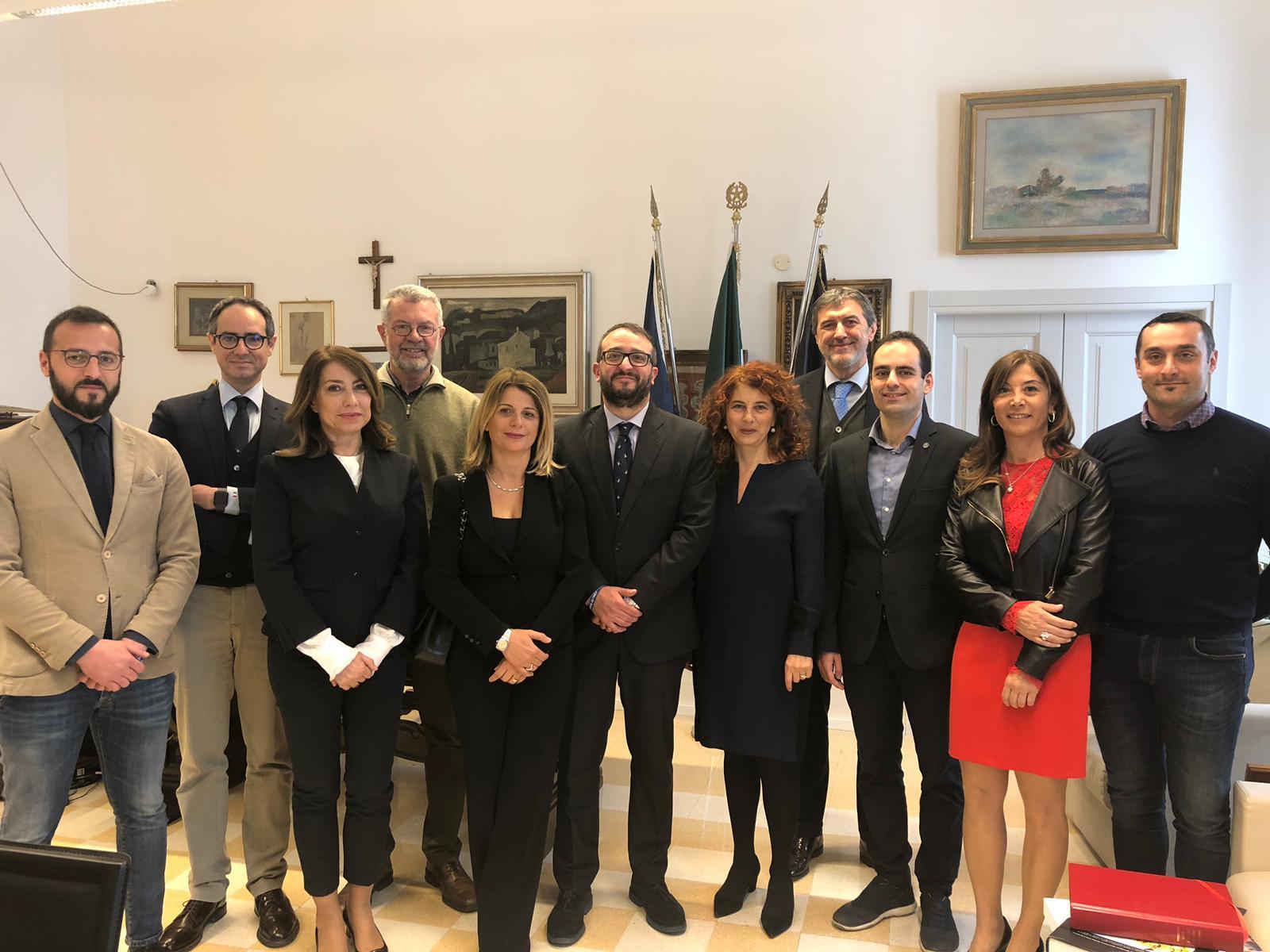 L'Aquila, il sindaco Biondi ritira le dimissioni e presenta la nuova giunta