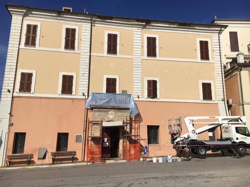 Sant'Omero, partono i lavori di messa in sicurezza dell'edificio comunale
