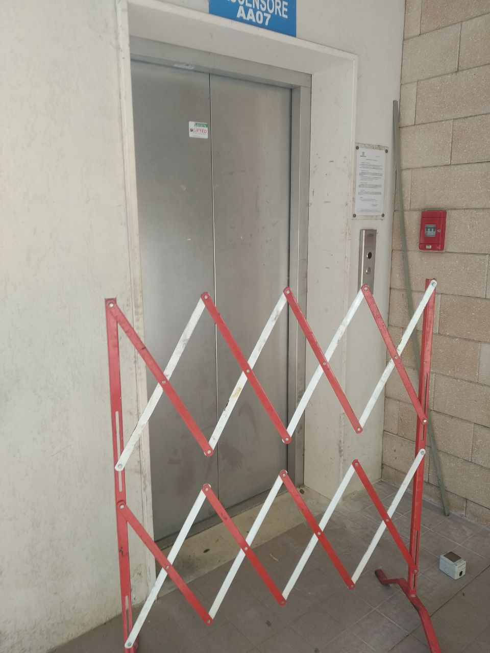 Lanciano, ascensore stazione: lavoratori e disabili costretti a usare le scale