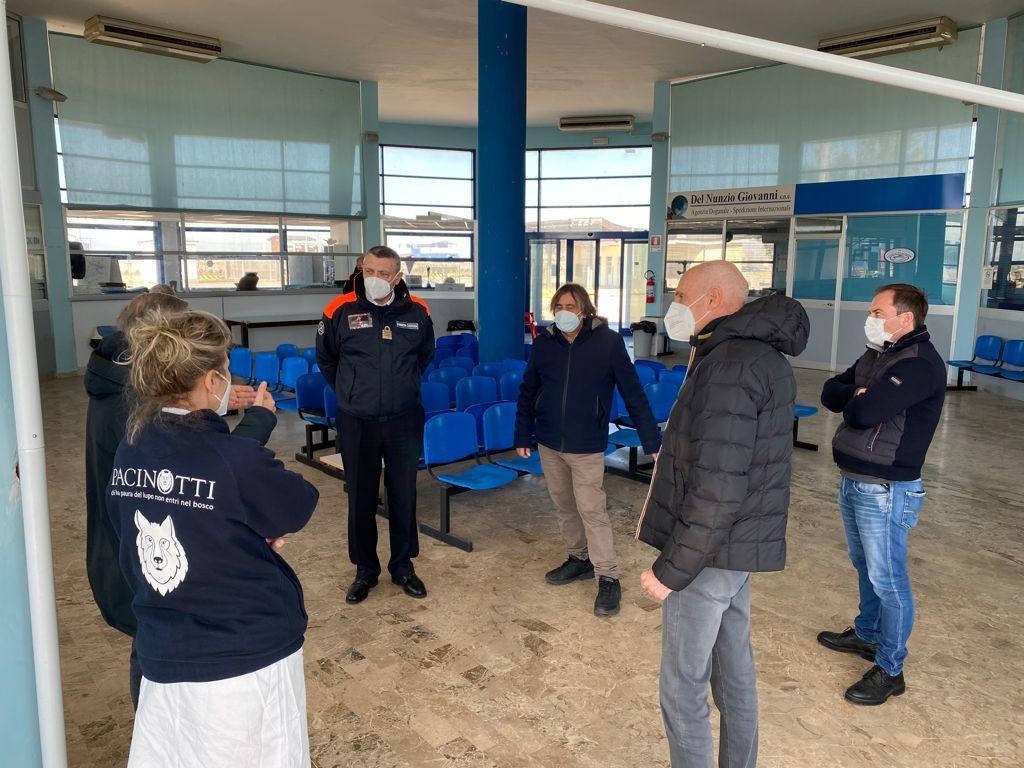 Pescara, screening anti Covid per pescatori e operatori portuali