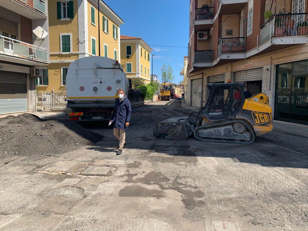 Pescara, rifacimento strada e segnaletica a costo zero per il Comune