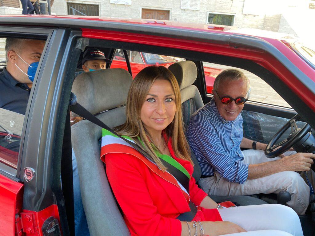 Cesare Fiorio torna alla guida di una Lancia Delta per ricordare la storica vittoria del 1961
