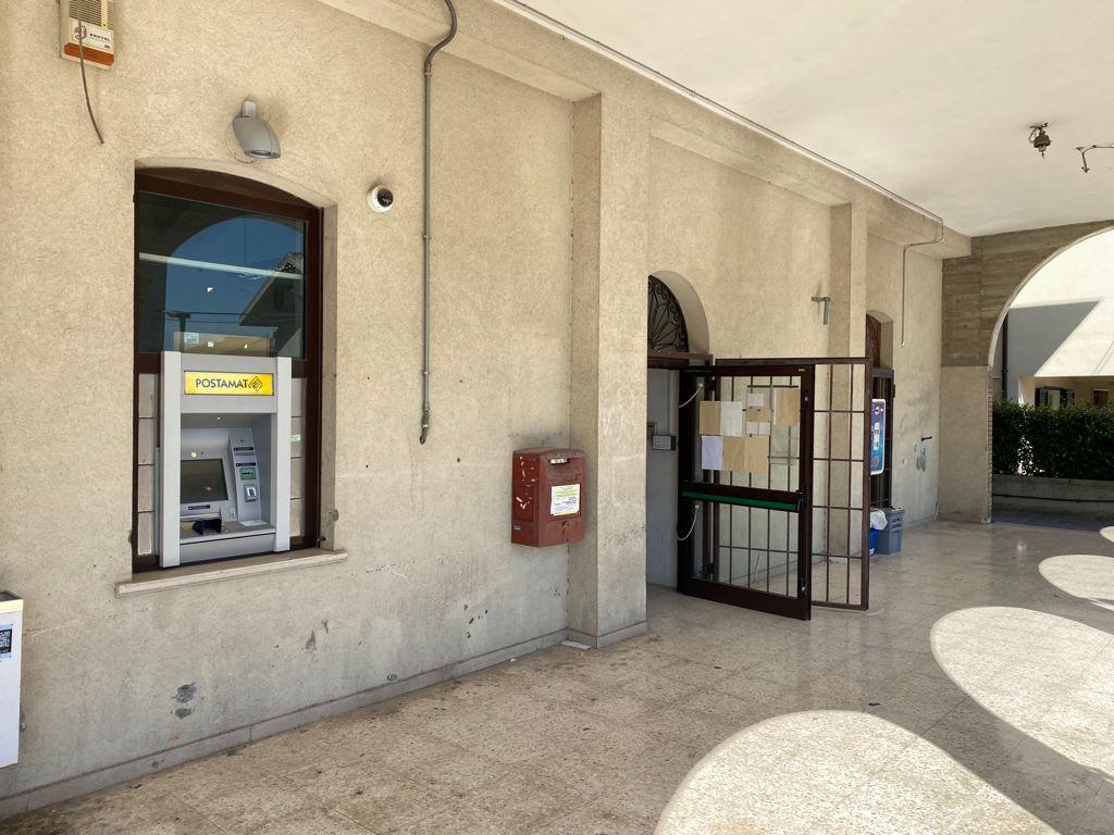 Lavori in corso all'ufficio postale di Fontanelle di Atri