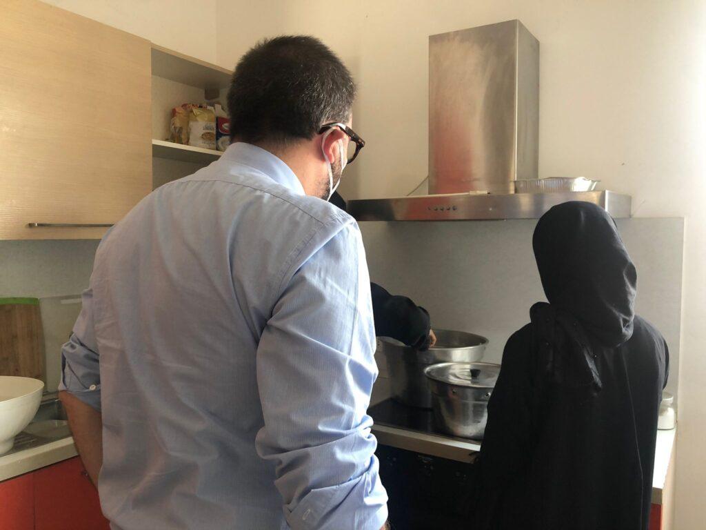 Afghanistan: Comune L'Aquila ospita famiglie in fuga dal regime talebano