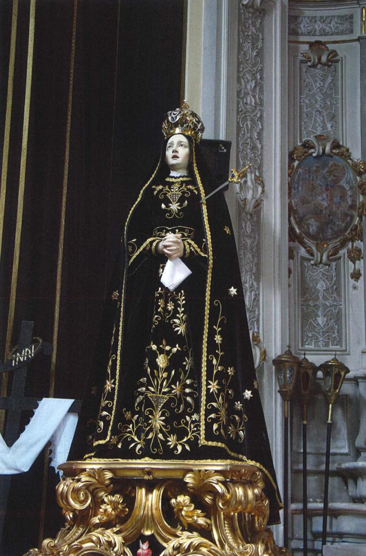 Penne, completato il restauro della statua della Vergine Addolorata della chiesa dell'Annunciazione