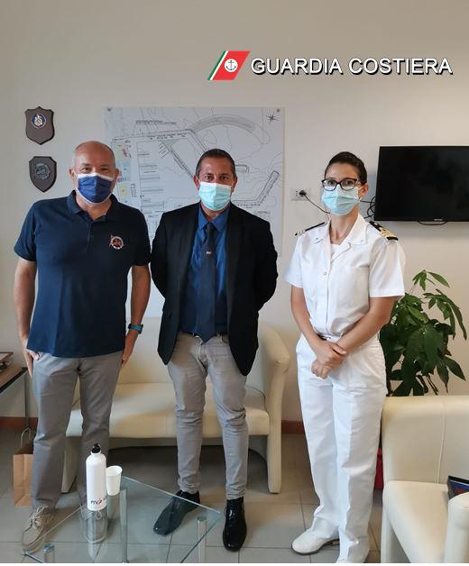 Giulianova, visita del presidente della Fiv all'ufficio circondariale marittimo